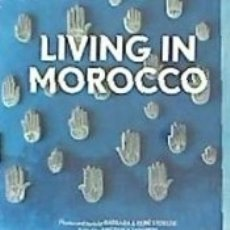 Libros: LIVING IN MOROCCO (IEP). Lote 162181312