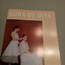 Libros: ROBA DE DINS. Lote 205456291