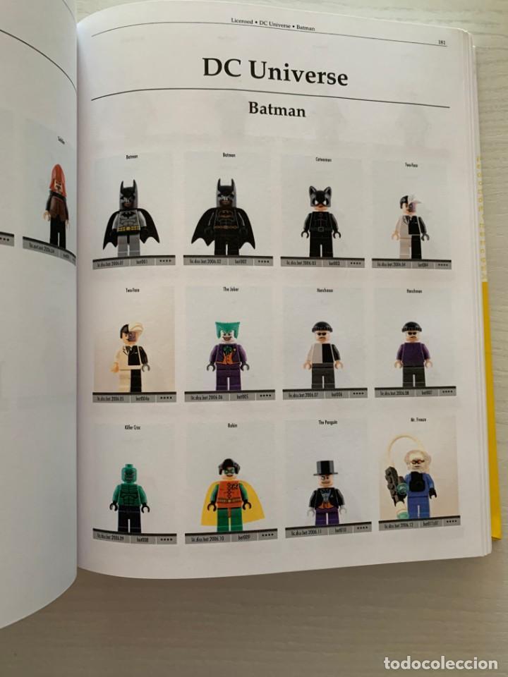 Libros: The Complete LEGO Minifigure Catalog 1975-2015 - Catalogo completo de minifiguras de LEGO 1975-2015 - Foto 5 - 216421283