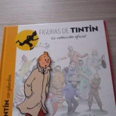 Libros: LIBRO TINTIN CON GABARDINA.FIGURAS DE TINTIN.. Lote 237342835