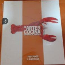 Libros: EL ARTE DE LA COCINA PESCADOS Y MARISCOS. Lote 248587575