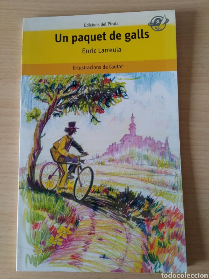UN PAQUET DE GALLS. ENRIC LARREULA. CATALÁN (Libros Nuevos - Idiomas - Catalán )