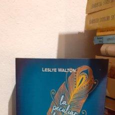 Libros: LA PECULIAR HISTORIA DE L'AVA LAVANDER. Lote 216680902