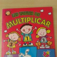 Libros: LES TAULES DE MULTIPLICAR. COL APREN JUGANT. CATALÁN. Lote 253129380