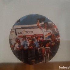 Coleccionismo deportivo: CHAPA DE CICLISMO INDURAIN LE TOUR. Lote 121727215