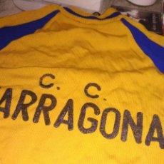 Coleccionismo deportivo: MAILLOT CLUB CICLISTA TARRAGONA CICLISMO MUY RETRO. Lote 130102959