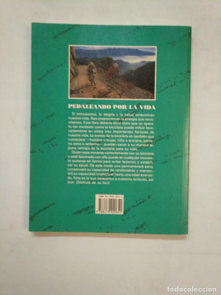 Coleccionismo deportivo: PEDALEANDO POR LA VIDA. PETER KONOPKA. EDITORIAL TUTOR. TDK367 - Foto 2 - 151731190