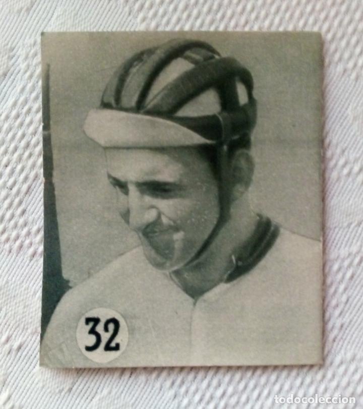 Coleccionismo deportivo: MINILIBRO EDITORIAL DEPORTIVA FHER Nº 32 - COMO VIVEN LOS CORREDORES EN LOS 6 DÍAS - AÑOS 50. - Foto 2 - 193837246