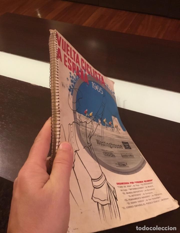 DIFICIL LIBRO DE RUTA DE LA VUELTA CICLISTA ESPAÑA 1965,REGALO PARTES DE CARRERA MIRAR LAS FOTOS (Coleccionismo Deportivo - Libros de Ciclismo)