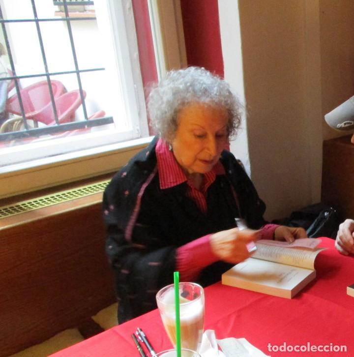 Libros: MARGARET ATWOOD: THE HANDMAID´S TALE (El Cuento de la Criada). CON FIRMA 100% ORIGINAL. EN INGLÉS!! - Foto 3 - 140664386