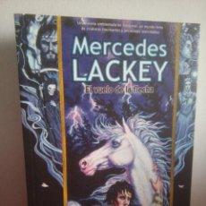 Libros: EL VUELO DE LA FLECHA - MERCEDES LACKEY - VALDEMAR II. Lote 149694210