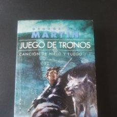 Libros: GEORGE R.R.MARTIN .JUEGO DE TRONOS II.CANCION DE HIELO Y FUEGO/1.GIGAMESH .(16X11,TAPA BLANDA). Lote 222657210