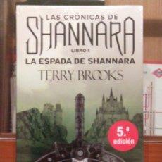 Libros: CRÓNICAS DE SHANNARA: LA ESPADA DE SHANNARA. TERRY BROOKS, OZ EDITORIAL.. Lote 223269150
