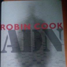 """Libros: """"ADN"""" . ROBIN COOK. Lote 263611315"""