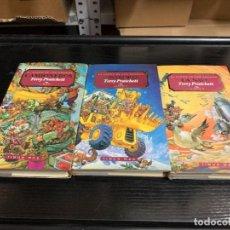 Libros: TRILOGÍA EL ÉXODO DE LOS GNOMOS, DE TERRY PRATCHETT. COMPLETA (CAMIONEROS, CAVADORES Y LA NAVE). Lote 278499178