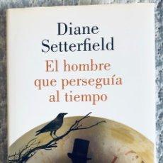 Libros: EL HOMBRE QUE PERSEGUÍA AL TIEMPO. Lote 289489853