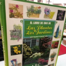 Libros: EL LIBRO DE ORO DE LAS PLANTAS Y LOS JARDINES - ABC EL CORTE INGLES. Lote 269622953