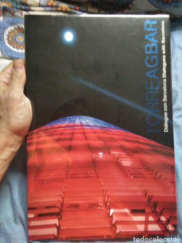 LIBRO DIALOGOS CON BARCELONA LIBRO TORRE AGBAR BARCELONA LUNWERG EDITORES (Libros Nuevos - Ciencias, Manuales y Oficios - Otros)