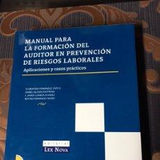 Libros: LIBRO MANUAL PARA LA FORMACIÓN DEL AUDITOR EN PREVENCIÓN DE RIESGOS LABORALES CON CD COMO NUEVO. Lote 178724395