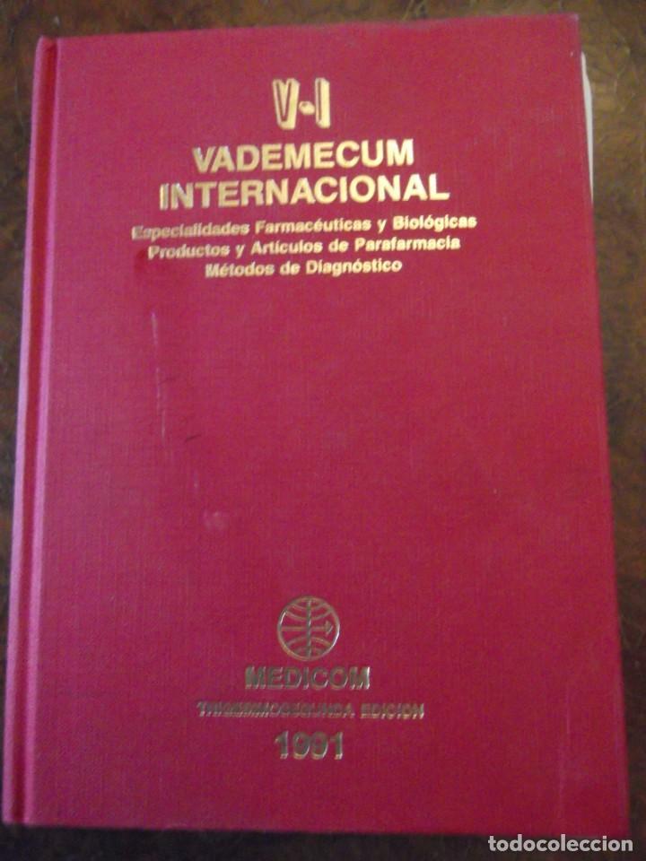 VALDEMECUM INTERNACIONAL MEDICOM AÑO 1991 1900 PAG / DE 22 X 17 Y 8 CM DE GRUESO (Libros Nuevos - Ciencias, Manuales y Oficios - Otros)