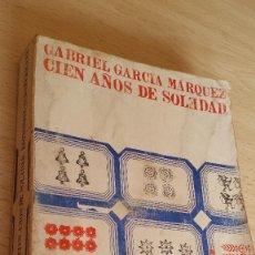 Libros de segunda mano: CIEN AÑOS DE SOLEDAD, EDITORIAL SUDAMERICANA, AÑO 69. Lote 158407077