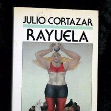 Libros de segunda mano: RAYUELA - JULIO CORTAZAR - EDICIONES B - LIBRO AMIGO - RARO - 1988. Lote 61951352