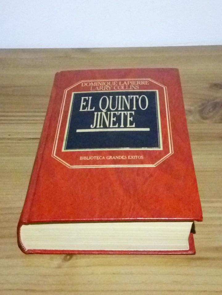 Libros de segunda mano: EL QUINTO JINETE, DOMINIQUE LAPIERRE Y LARRY COLLINS ORBIS. 1 ª ED. 1983 - Foto 2 - 102965579