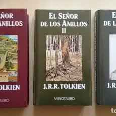 Libros de segunda mano: EL SEÑOR DE LOS ANILLOS. TOLKIEN. 3 TOMOS EN ENCUADERNACIÓN TAPA DURA.. Lote 118051595