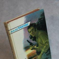 Libros de segunda mano: ROBUR EL CONQUISTADOR,JUIO VERNE,EDITORIAL MOLINO,1960.. Lote 121239419