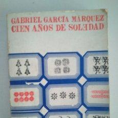 Libros de segunda mano: CIEN AÑOS DE SOLEDAD.GABRIEL GARCÍA MARQUEZ. Lote 118194539