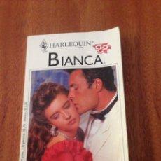 Libros de segunda mano: VIANDA HERIDAS DEL CORAZÓN. Lote 135357386