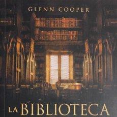 Libros de segunda mano: GLENN COOPER. LA BIBLIOTECA DE LOS MUERTOS. BARCELONA, 2010.. Lote 139647662