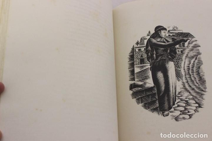 Libros de segunda mano: LA ODISSEA DE HOMER, TRADUCIDA AL CATALÁN POR CARLES RIBA GRABADOS A LA MADERA POR E.C. RICART. 1948 - Foto 10 - 152301842