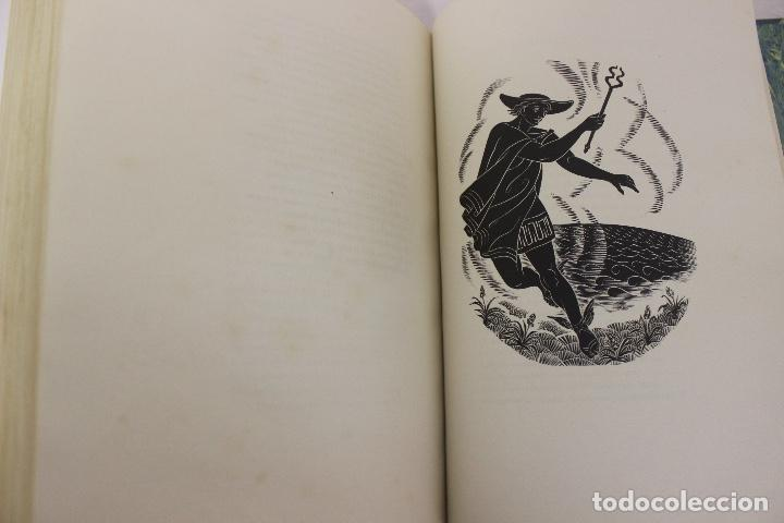 Libros de segunda mano: LA ODISSEA DE HOMER, TRADUCIDA AL CATALÁN POR CARLES RIBA GRABADOS A LA MADERA POR E.C. RICART. 1948 - Foto 26 - 152301842
