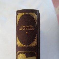 Libros de segunda mano: CLÁSICOS UNIVERSALES DE LA LITERATURA ERÓTICA - TOM JONES - 1978. . Lote 179549347