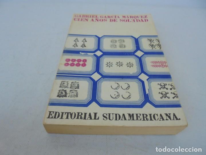 Libros de segunda mano: GABRIEL GARCIA MARQUEZ. CIEN AÑOS DE SOLEDAD. EDITORIAL SUDAMERICANA.1968 - Foto 3 - 210746351