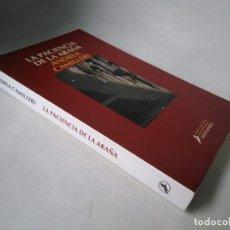 Livros em segunda mão: ANDREA CAMILLERI. LA PACIENCIA DE LA ARAÑA. Lote 248606820