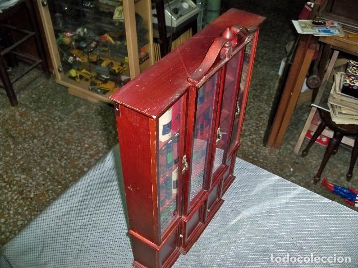 Libros de segunda mano: Coleccion de 59 libros miniatura de Planeta Agostini con vitrina expositor - Foto 6 - 227775390