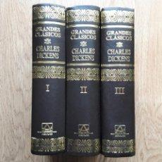 Libros de segunda mano: DICKENS - GRANDES CLASICOS OBRA COMPLETA 3 TOMOS- AGUILAR. Lote 228170821