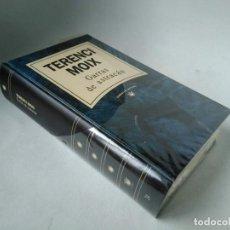 Libros de segunda mano: TERENCI MOIX. GARRAS DE ASTRACÁN. Lote 228546155
