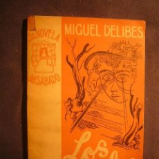 Libros de segunda mano: MIGUEL DELIBES: - LOS RAILES - (MADRID, 1954) (PRIMERA EDICION). Lote 238173295