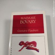 Libros de segunda mano: MADAME BOVARY (EN GALEGO). Lote 241003290