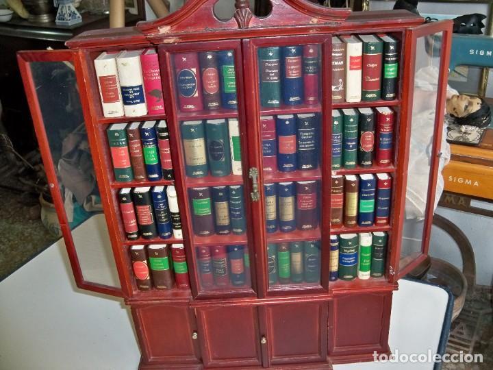 Libros de segunda mano: Coleccion de 59 libros miniatura de Planeta Agostini con vitrina expositor - Foto 15 - 227775390