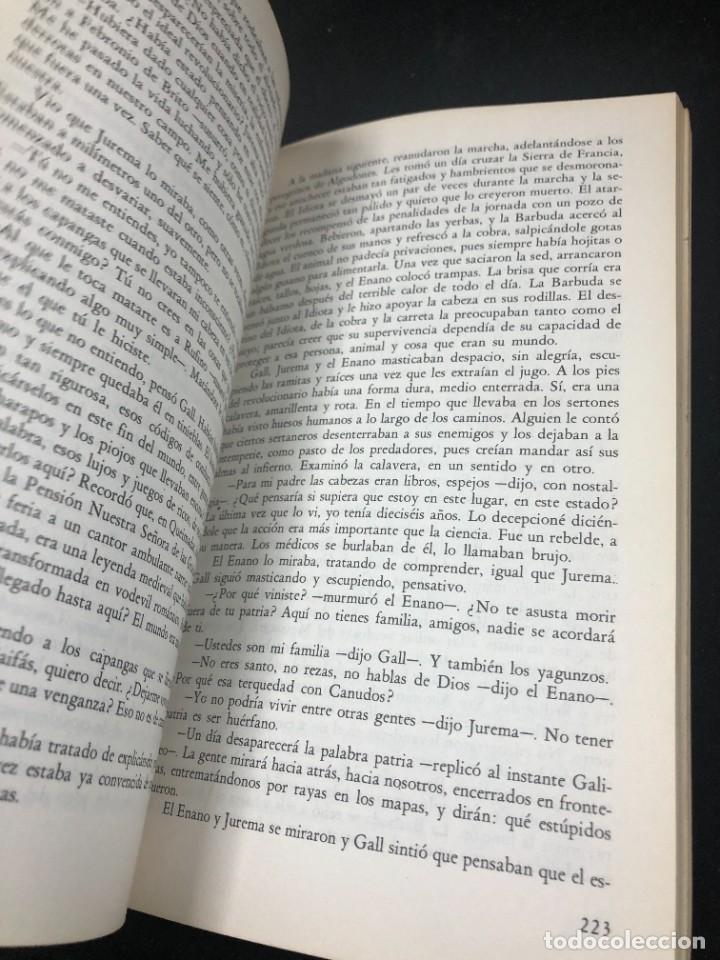 Libros de segunda mano: La guerra del fin del mundo Mario Vargas Llosa, Seix Barral 1981 1ª edición. - Foto 8 - 261364405