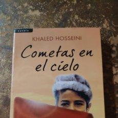 Libros de segunda mano: COMETAS EN EL CIELO (KHALED HOSSEINI) (SALAMANDRA). Lote 289554623