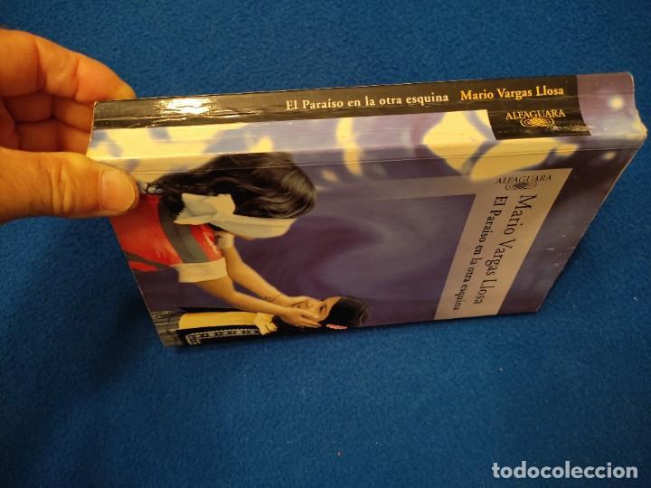 Libros de segunda mano: El Paraiso en la otra Esquina M. Vargas Llosa Santillana Ediciones 2003 - Foto 2 - 293676548