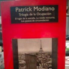 Livros: PATRICK MODIANO. TRILOGÍA DE LA OCUPACIÓN .COMPACTOS ANAGRAMA. Lote 248642305