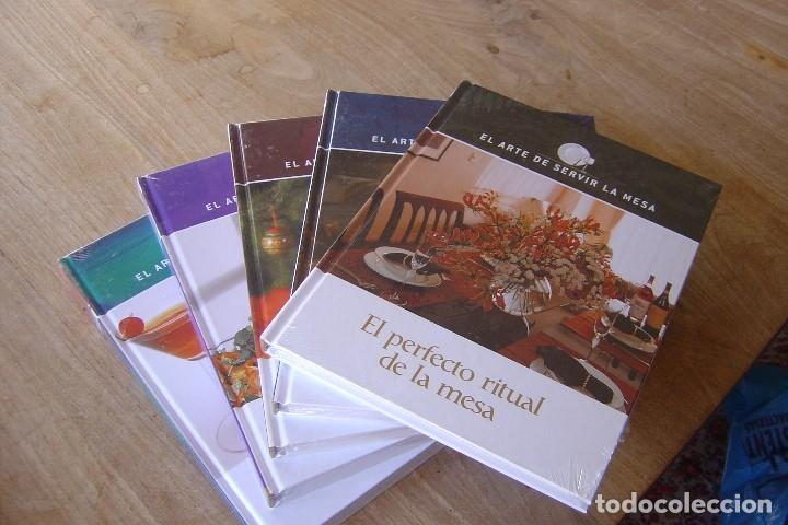 Libros: LOTE: 5 VOLÚMENES EL ARTE DE SERVIR LA MESA. PRECINTADOS. - Foto 2 - 121638159
