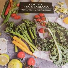 Libros: COCINA VEGETARIANA / 5 / PLATOS ÚNICOS VEGETARIANOS / LIBRO PRECINTADO.. Lote 140530006