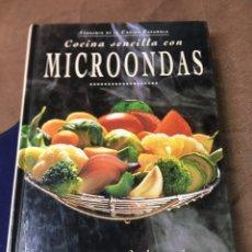Libros: COCINA SENCILLA CON MICROONDAS - 155 RECETAS . Lote 181471695